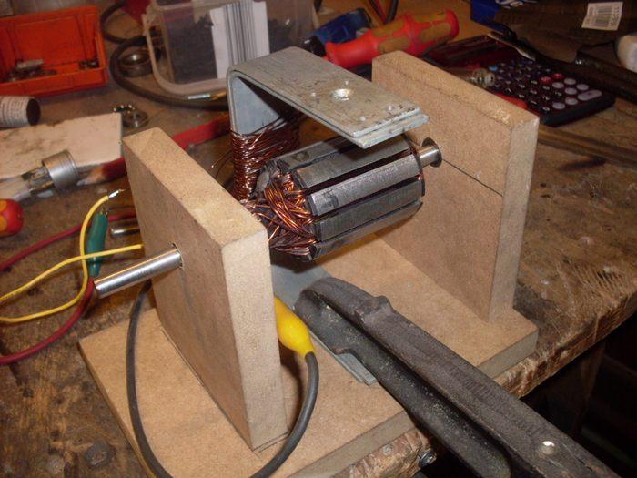 magnete zum bauen diy magnetisches messerbrett. Black Bedroom Furniture Sets. Home Design Ideas